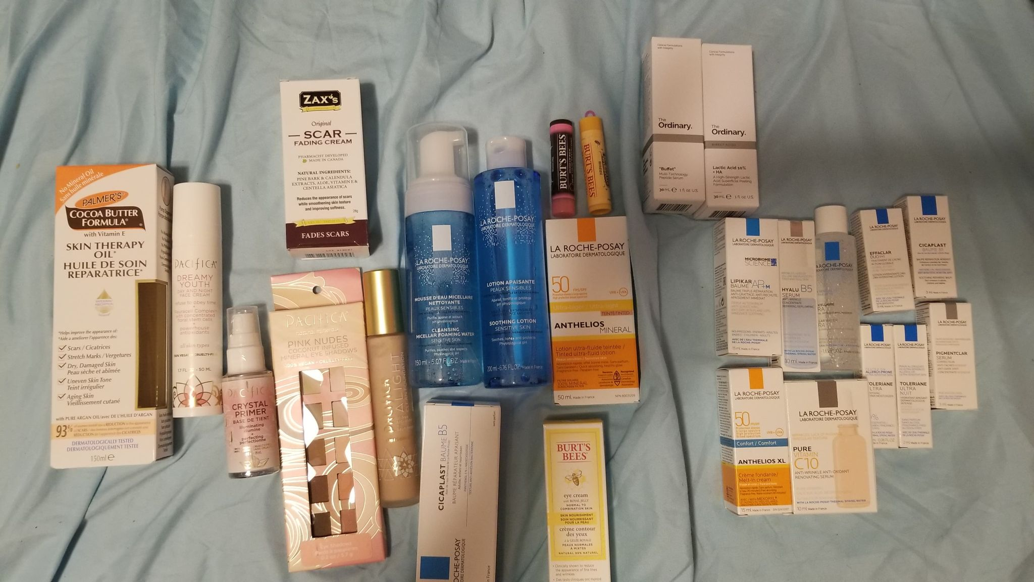 [Haul] My order from a month ago finally came (Realized I already had the foundation lol), Lots of La Roche small sample gift pack too. Got my bf to get me The Ordinary stuff today. When do I stop buying products?